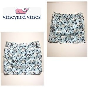 Vineyard Vines blue print daisy skirt